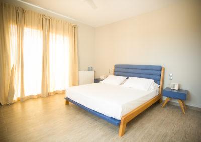 bedroomscine8208